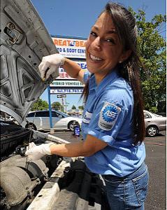 queens auto mechanic female via nydaily news amd-audra-fordin-jpg
